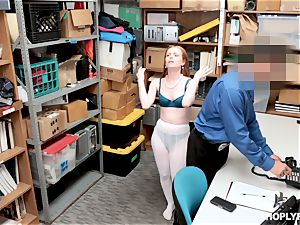 Ella Hughes pounded nutsack deep by nasty mall cop