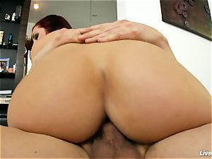 LiveGonzo Amy Reid all-natural wifey luvs ejaculations
