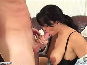 youthfull dude boinks his hottest friend's latin mummy