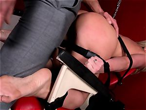 Kathia Nobili is taking a roped up pulverizing