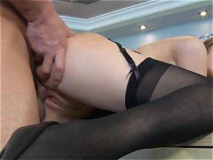 Samantha Hayes says sorry to her chief by jerking his rod