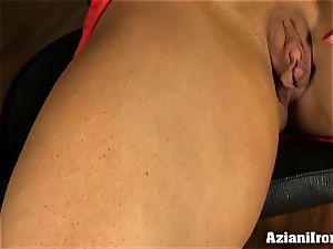 wonderful sport model fake penises her raw snatch