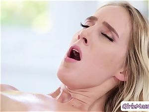 steaming instructor Brett Rossi rubdown her student Cadence Luxs and munches her cooter