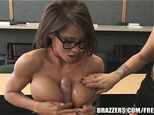 Brazzers - Madison in super-steamy school three way