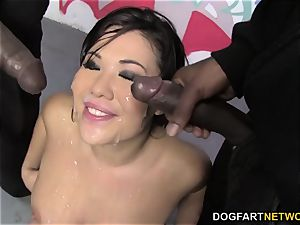 London Keyes luvs bukkake with ebony meatpipes