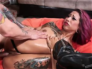 Veronica Rose - I enjoy colorful tattoos and deep anal romped