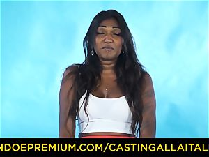 audition ALLA ITALIANA - Indian babe gets thick stiffy anal invasion