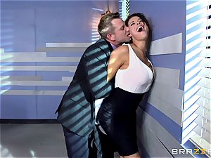 Peta Jensen gives her client some serious romp therapy