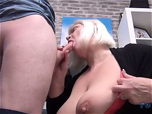 super-steamy mummy Lacey Starr dick inhaling