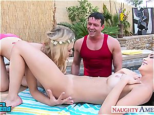lovelies Dillion Harper and Natalia Starr gets facialized
