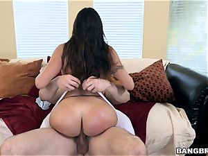 large arse brown-haired Julianna Vega juggling on knob