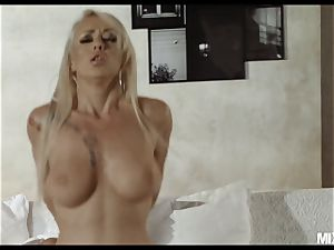 Christina needs more big black cock in her cock-squeezing wett cootchie NOW!