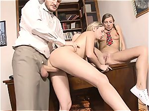 anal 3some with college girl Morgan