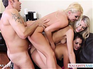 sumptuous Aaliyah enjoy smashing in foursome