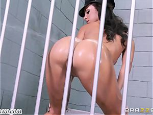 assfuck porn fucky-fucky three-way with two guards in jail
