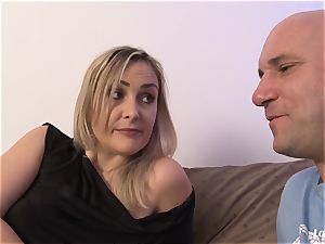 LA new-comer - super-steamy French first-timer milf screwed xxx