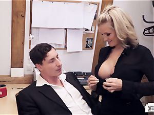 arses BUERO - mischievous office lovemaking with German secretary