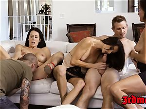 milf Mercedes Carrera riding manstick vigorously in intercourse