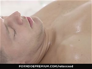 RELAXXXED - virgin smooch gives massage and gets pounded