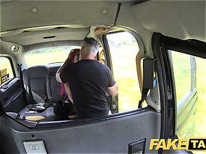 fake cab Fetish queen in ebony leather anal invasion internal cumshot