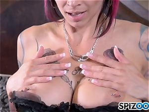 Solo honeypot messing pretty inked Anna Bell Peaks