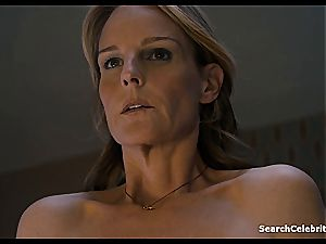 Heavenly Helen Hunt has a trimmed twat for viewing