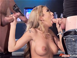 Kat Dior has a pulverize with boy and machine
