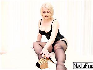 blondie beauty sates a phat weenie