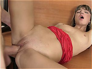 Doris Ivy tight poon opened up by massive spunk-pump