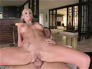 anal paramour Phoenix Marie juggles her booty on a ample man rod